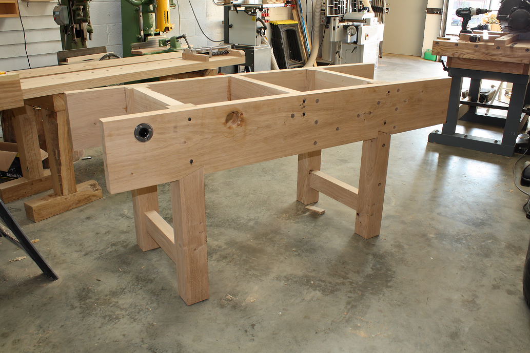 Dry fitting the base of teh Nicholson workbench