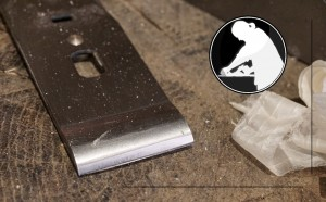 Setting the cap iron / chip breaker on a hand plane