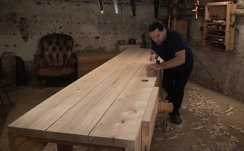 Flattening the planked workbench top