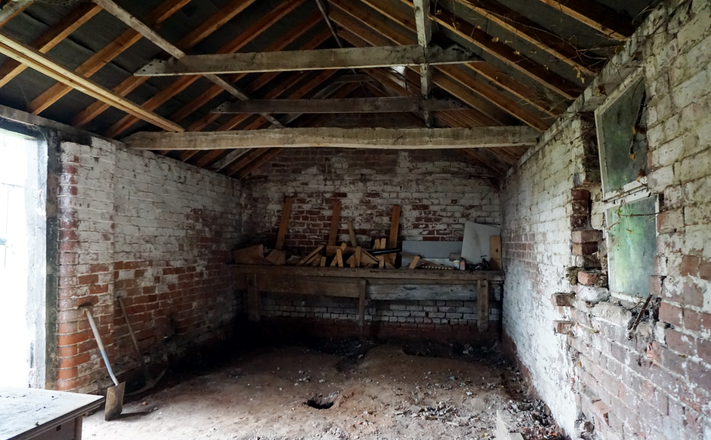 barn workshop ready for renovation