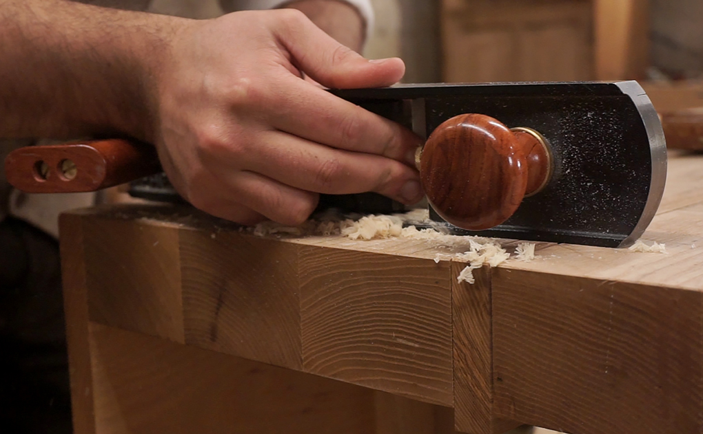 Thelow angle jack plane is excellent for shooting end grain