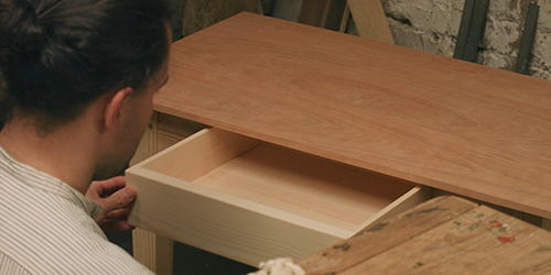 fitting a dovetailed drawer