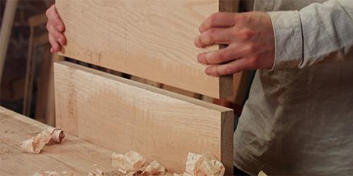 gluing an oak table top